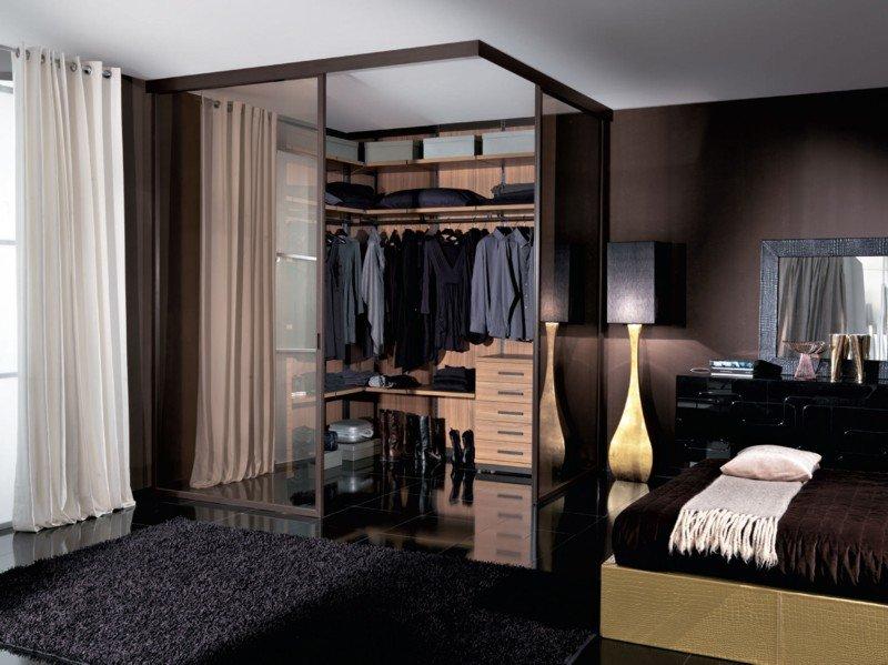 С гардеробной